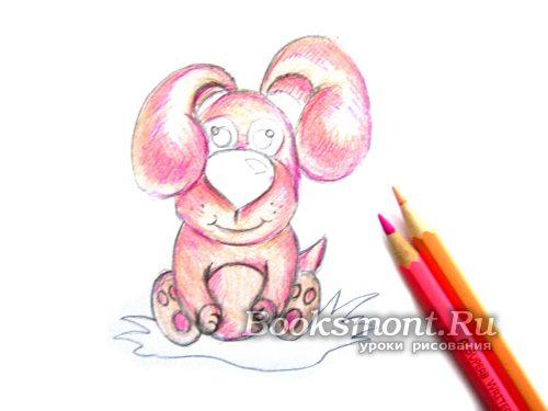 Закрашиваем пушистого зверька бежевым и светло-розовым карандашом